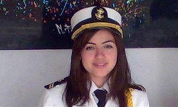Thuyền trưởng nữ đầu tiên của Ai Cập bị đổ lỗi về vụ nghẽn kênh đào Suez, sự thật thế nào? ảnh 2