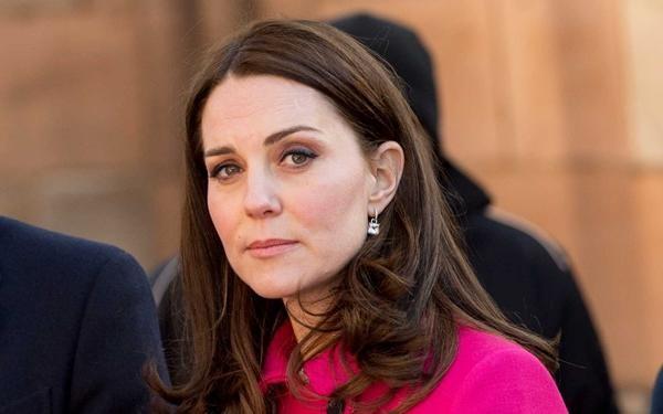 Chỉ làm một việc bình thường, nhưng Công nương Kate Middleton bất ngờ bị yêu cầu điều tra ảnh 3
