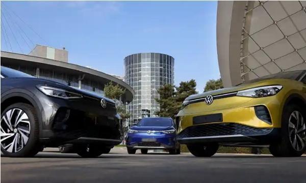 """Bày trò đùa ngày Cá Tháng Tư cho vui, hãng ô tô Volkswagen không ngờ lại """"gặp họa"""" ảnh 3"""