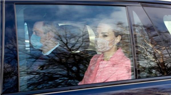 Chỉ làm một việc bình thường, nhưng Công nương Kate Middleton bất ngờ bị yêu cầu điều tra ảnh 4
