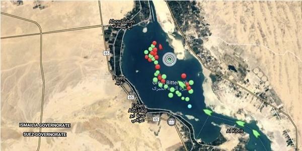 """Hình ảnh mới nhất của tàu Ever Given: """"Bỏ chặn"""" kênh đào Suez, giờ Ever Given đang ở đâu? ảnh 3"""