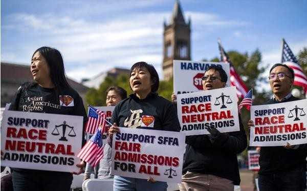 """ĐH Harvard bảo sinh viên châu Á: """"Bạn có thể ước giá như mình không phải người châu Á""""? ảnh 3"""