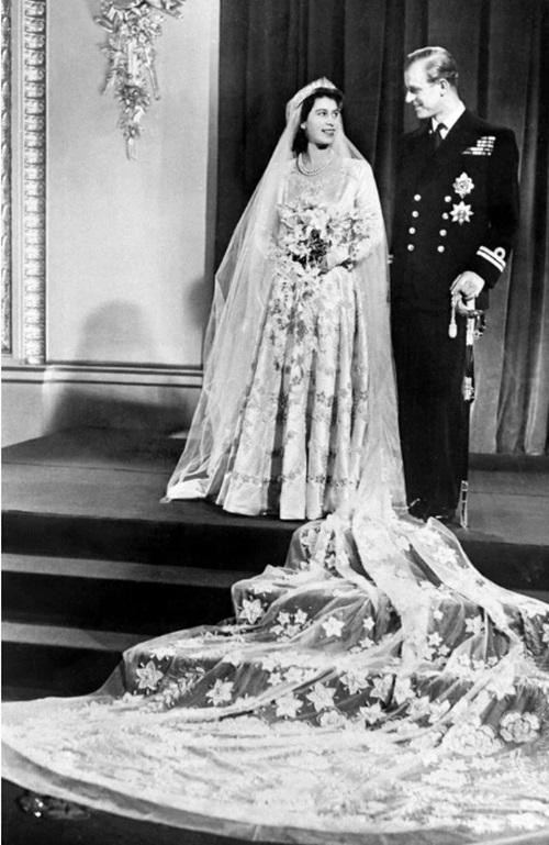 Hoàng thân Philip qua đời: Nhìn lại chuyện tình yêu đặc biệt của Nữ hoàng Anh và chồng ảnh 3