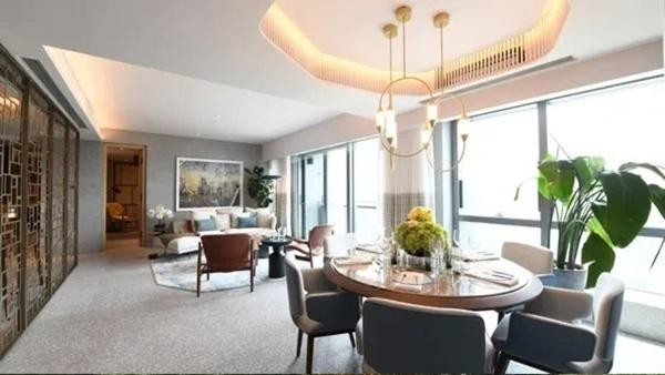 """Nghe nói mua căn penthouse 150 tỷ sẽ giúp tăng may mắn, Cổ Thiên Lạc """"xuống tiền"""" mua luôn ảnh 1"""