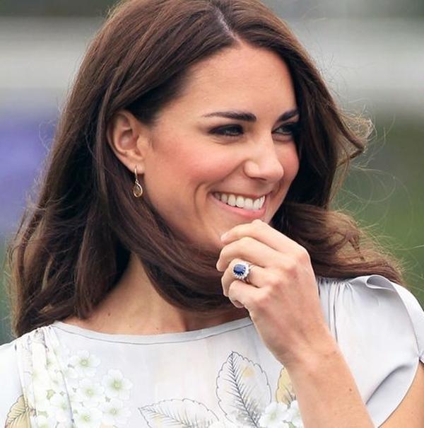 Hoàng tử William giống Hoàng thân Philip ở điểm không bao giờ đeo nhẫn cưới, Kate nghĩ gì? ảnh 2