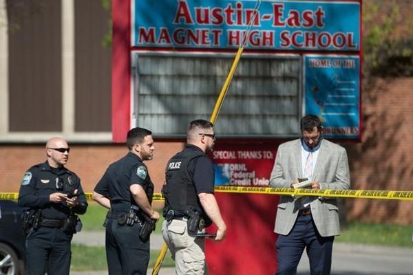 Vụ nổ súng ở trường học tại Mỹ: Cộng đồng hoang mang vì liên tiếp có học sinh bị bắn ở đây ảnh 2