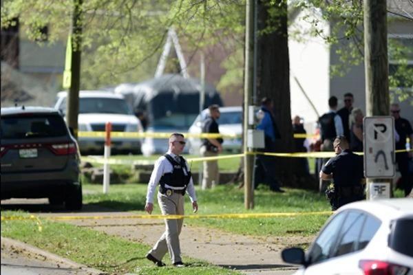 Vụ nổ súng ở trường học tại Mỹ: Cộng đồng hoang mang vì liên tiếp có học sinh bị bắn ở đây ảnh 3