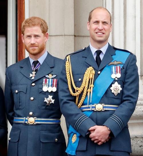 William - Harry lần lượt đăng lời tưởng nhớ Hoàng thân Philip: Là sự hàn gắn hay tách rời? ảnh 3