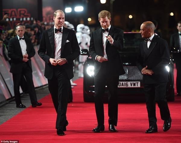 """Chấm dứt sự im lặng: Hoàng tử William và Harry đã trò chuyện, Kate là """"người hòa giải"""" ảnh 3"""