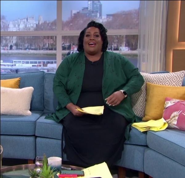 """Người dẫn chương trình nói nhầm là """"tang lễ của Hoàng tử William"""" khiến khán giả nổi đóa ảnh 1"""