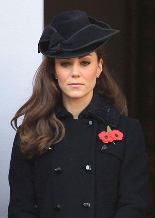 """Tinh tế như Nữ hoàng Anh: Đưa ra quyết định mới, giúp Hoàng tử Harry """"giữ thể diện"""" ảnh 4"""