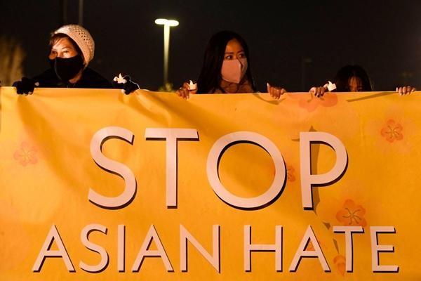 """Một người Mỹ gốc Hàn tấn công cô gái châu Á """"để trả thù"""" vì tưởng cô ấy là người da trắng ảnh 1"""