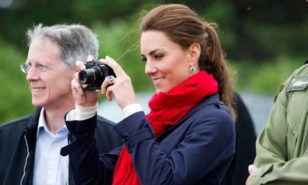 Những bức ảnh Hoàng gia tiết lộ vai trò đặc biệt của Kate Middleton trong gia đình chồng ảnh 3