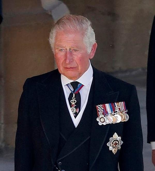 """""""Sinh ra để làm Hoàng hậu"""": Kate được khen vì cách cư xử trong tang lễ Hoàng thân Philip ảnh 6"""