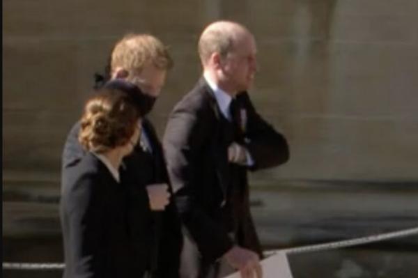 """""""Sinh ra để làm Hoàng hậu"""": Kate được khen vì cách cư xử trong tang lễ Hoàng thân Philip ảnh 7"""