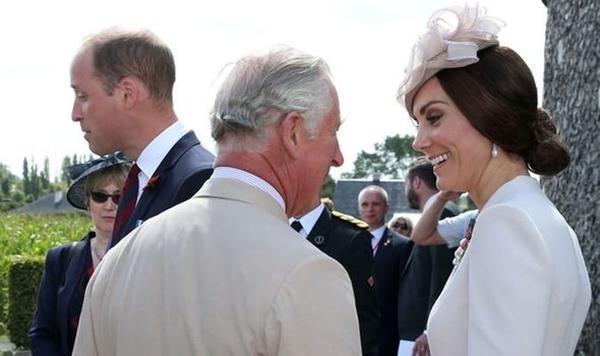 Vắng mặt Meghan, nhà William - Harry họp gia đình, mục đích là gì, William yêu cầu ra sao? ảnh 2