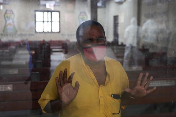 Ấn Độ bị nhấn chìm trong làn sóng COVID-19 thứ 2: Hỏa táng liên tục, hệ thống y tế rạn vỡ ảnh 2