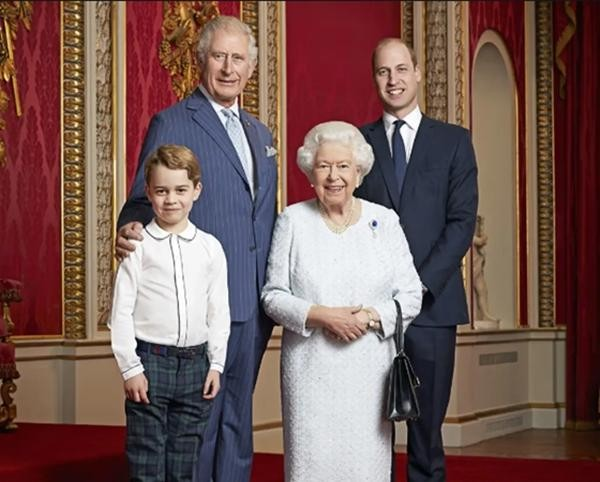 Đâu chỉ đơn giản là gia tộc quyền quý, Hoàng gia Anh là thương hiệu toàn cầu lớn cỡ nào? ảnh 1