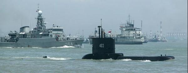 Tàu ngầm KRI Nanggala-402 (Indonesia) mất tích: Tình huống nào có thể xảy ra với thủy thủ? ảnh 4