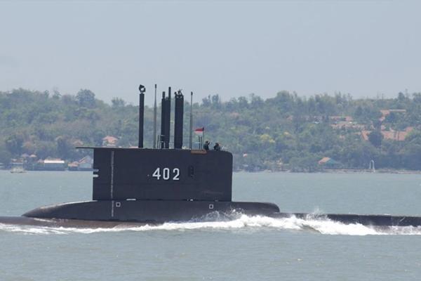 Tàu ngầm KRI Nanggala-402 (Indonesia) mất tích: Tình huống nào có thể xảy ra với thủy thủ? ảnh 1