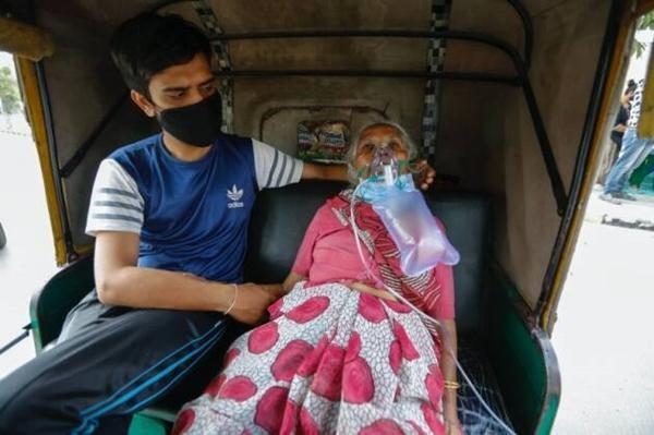 Cuộc khủng hoảng thiếu oxy trong làn sóng thứ hai ở Ấn Độ: Những bức ảnh chất chứa lo âu ảnh 3
