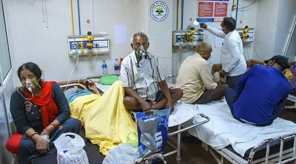 Sụp đổ hoàn toàn: COVID-19 tàn phá Ấn Độ, hệ thống y tế quay cuồng, khủng hoảng trầm trọng ảnh 2