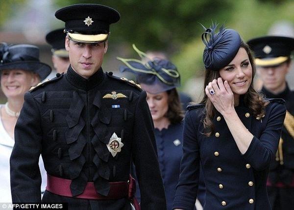 """Một người tung """"bằng chứng"""" mình là con Thái tử Charles: Ngôi vua của William có lung lay? ảnh 5"""