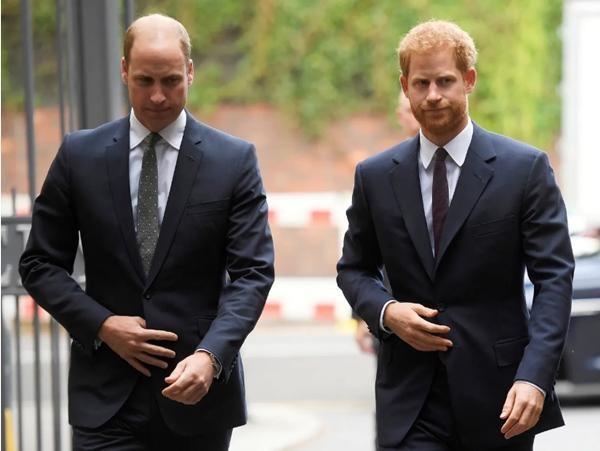 """Nữ hoàng Anh chưa thể nghỉ ngơi: Cuốn sách về Harry - Meghan có chương mới để """"kể hết"""" ảnh 2"""