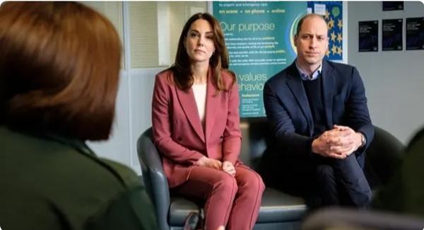 """Thêm bằng chứng cho thấy nhà William - Kate đang tiến lên """"tuyến đầu"""" của Hoàng gia Anh ảnh 2"""
