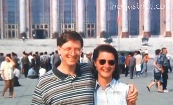 """Chuyện tình """"duyên phận"""" của Bill Gates: Bill có hành động """"kỳ lạ"""" gì trước khi kết hôn? ảnh 2"""