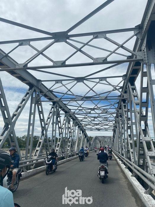 Cảnh tượng bất ngờ của thành phố Huế sau ảnh hưởng của cơn bão số 9 ảnh 6