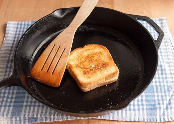 Công thức bánh mỳ phô-mai tỏi của Disney - bữa sáng đủ chất và ngon ngất ngây ảnh 4