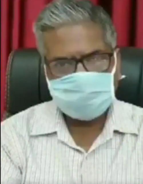 Chỉ có thể ở Ấn Độ: Bầy khỉ giật và ném các mẫu máu của bệnh nhân COVID-19 ảnh 3