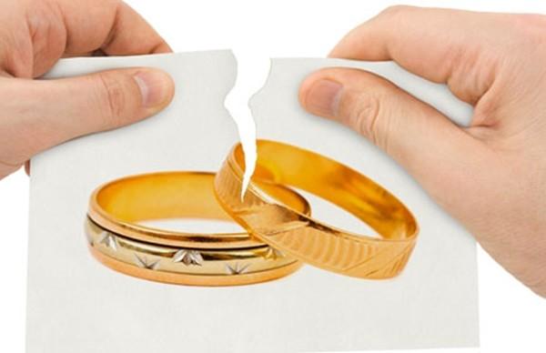 """Lấy được chồng hoàn hảo, vợ vẫn quyết ly dị vì """"tình yêu của anh ấy khiến tôi ngạt thở"""" ảnh 3"""