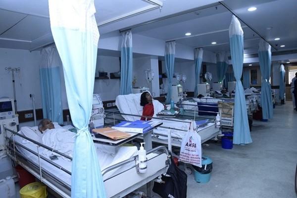 Đúng sinh nhật mình, bệnh nhân COVID-19 nguy kịch cai được máy thở và thốt lên câu bất ngờ ảnh 1