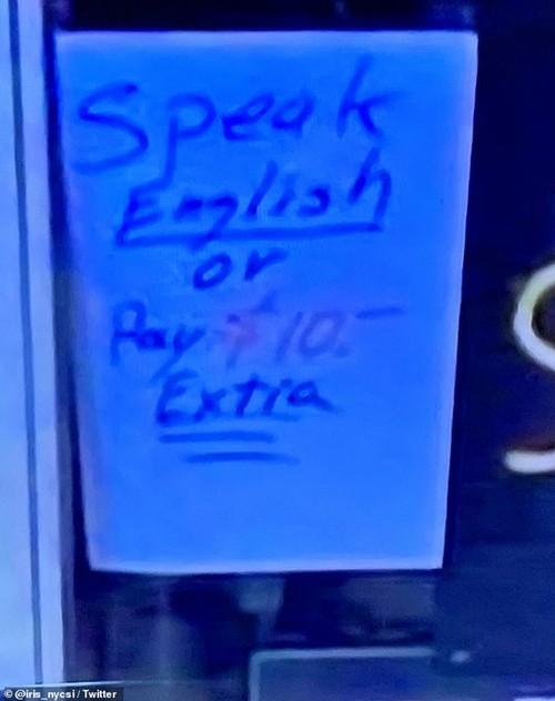 """Đề biển: """"Không nói tiếng Anh thì trả thêm tiền"""", cửa hàng ở Mỹ bị người châu Á lên án ảnh 1"""