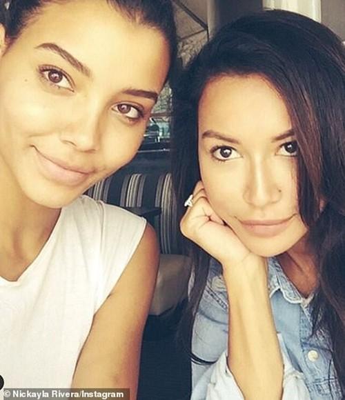 Chồng cũ của cố diễn viên Naya Rivera (Glee) sống chung với em gái cô để nuôi dạy con nhỏ ảnh 1