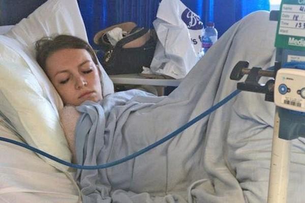 Để quên chiếc tampon trong cơ thể suốt 5 ngày, cô gái bị nhiễm độc máu và suýt mất mạng ảnh 2