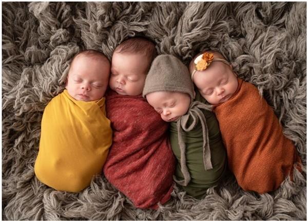 Cặp đôi hiếm muộn nhận nuôi 4 đứa trẻ là anh em ruột, đúng 4 năm sau thì sinh 4 em bé nữa ảnh 3