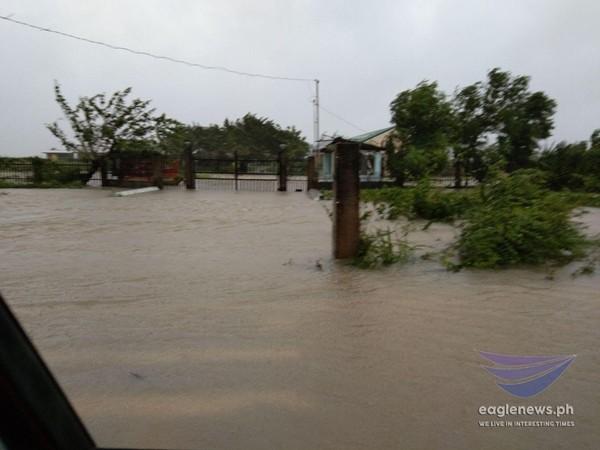 Sau bão Molave, áp thấp Rolly lại đang mạnh lên thành bão, có thể trở thành cơn bão số 10 ảnh 2