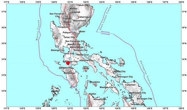 Philippines lao đao: Bão Molave mới qua, bão Goni sắp tới, lại còn thêm động đất ảnh 1