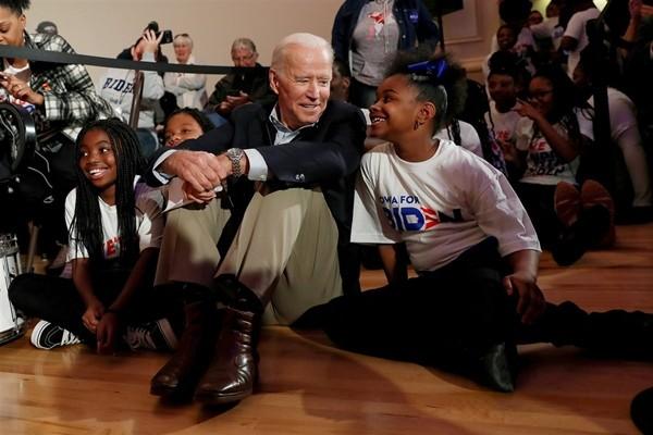 Lý do cho chiến thắng kỷ lục của ông Joe Biden trước Tổng thống Trump: Nhờ số cử tri trẻ? ảnh 1