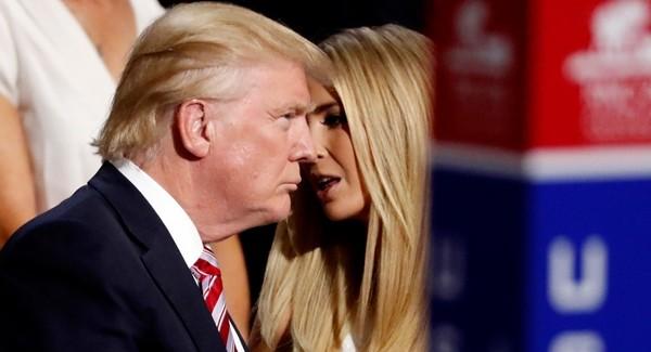"""Tổng thống Trump đang đau đầu, con gái ông còn lên mạng viết lung tung để lại bị """"chỉnh"""" ảnh 3"""