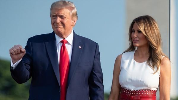 Tổng thống Trump ca ngợi Phu nhân, không hài lòng vì bà Melania không được lên bìa tạp chí ảnh 1