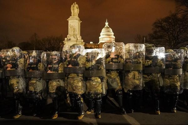 """Sau hỗn loạn ở Đồi Capitol, Lễ nhậm chức của ông Joe Biden sẽ được bảo vệ """"khủng"""" cỡ nào? ảnh 3"""