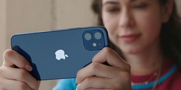 Chọn Plus hay Pro: Samsung Galaxy S21 Plus vs. iPhone 12 Pro, máy nào đỉnh hơn, phù hợp với bạn? ảnh 4