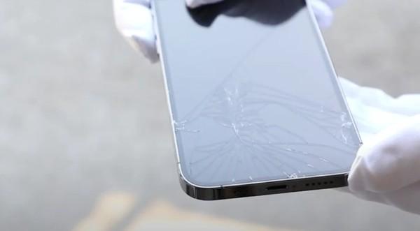 Chọn Plus hay Pro: Samsung Galaxy S21 Plus vs. iPhone 12 Pro, máy nào đỉnh hơn, phù hợp với bạn? ảnh 2