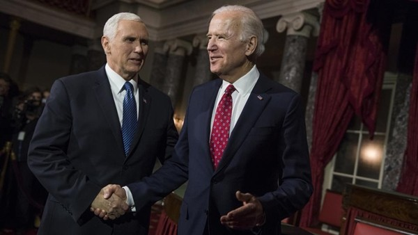 """Tổng thống Trump không dự Lễ Nhậm Chức của ông Biden, nhưng đây là lý do """"phó tướng"""" Mike Pence vẫn giúp chuyển giao ảnh 4"""