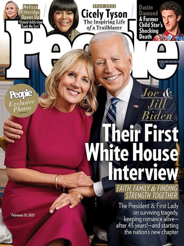 """Vợ chồng Tổng thống Mỹ Joe Biden lần đầu chia sẻ """"bí quyết 70/30"""" gìn giữ tình yêu gần 50 năm ảnh 1"""