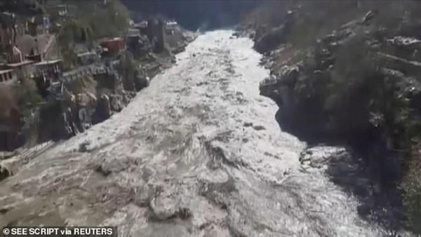 Vỡ sông băng khiến nhiều người mất tích ở Ấn Độ: Những hình ảnh kinh hoàng và những lý do có thể ảnh 1